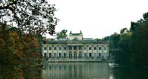 Lazienki Palais (photo by M. Wycz�lkowski)